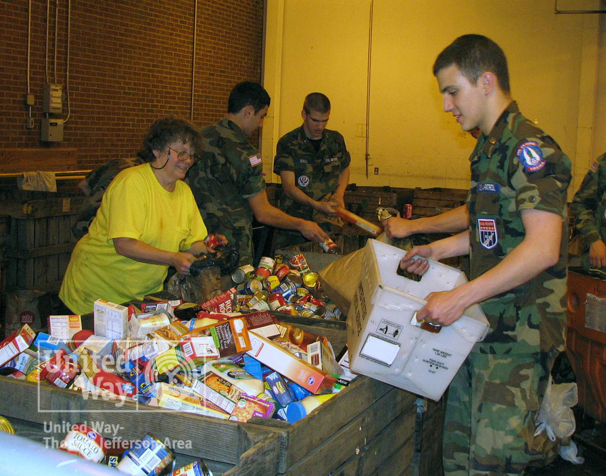 2009 Letter Carriers Food Drive 018-watermark